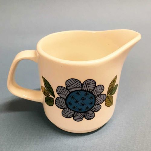 J & G Meakin Studio Milk Cream Jug - Topic 60s